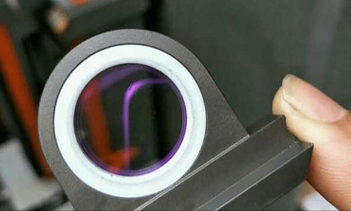 Read more about the article Koje vrste kompresora vazduha i komprimovanog vazduha su potrebne za mašinu za lasersko sečenje?